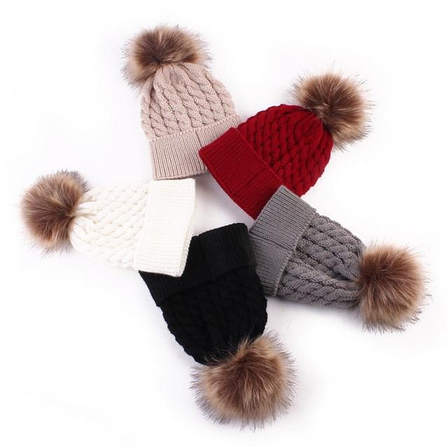 Nouveau-né Chapeau D hiver Bébé Chapeau Fourrure Boule Pompon Bonnet  Tricoté Laine enfants d167d3a1830