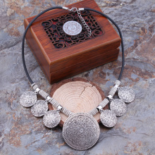 Ethnic Tibetan Silver Big Flower Round Tassel Necklace