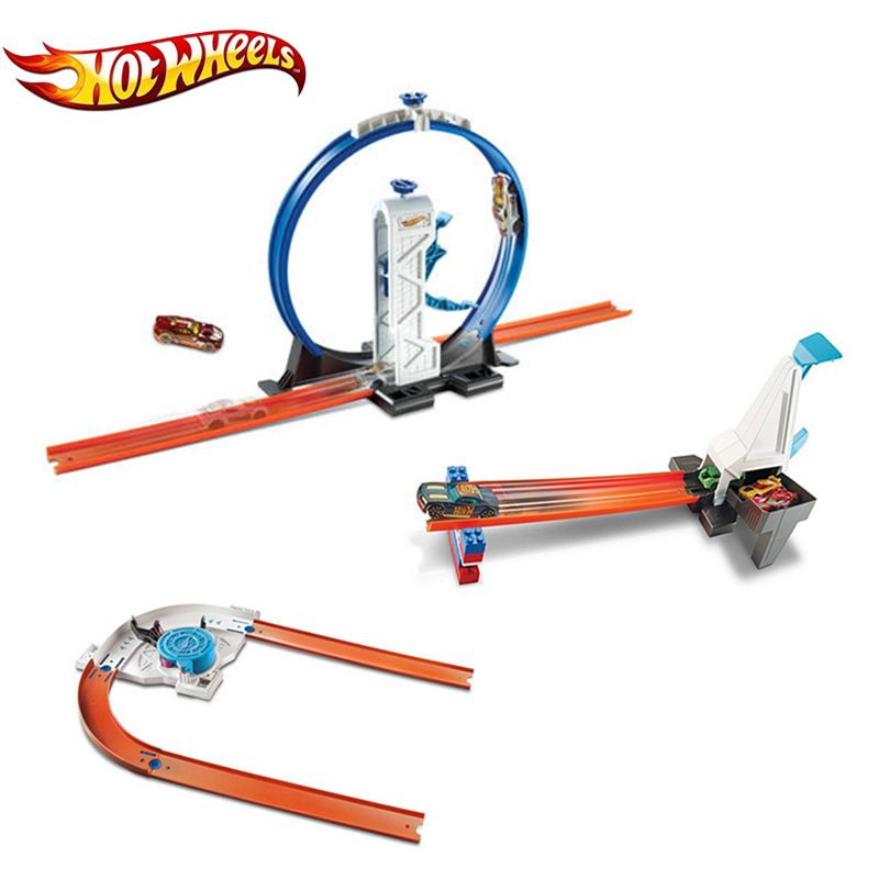 Hot Wheels Track Builder Essential Track Pack And Car Assortment Play Set 3 Style Track Toy Creative Building DNH84 For Boy's