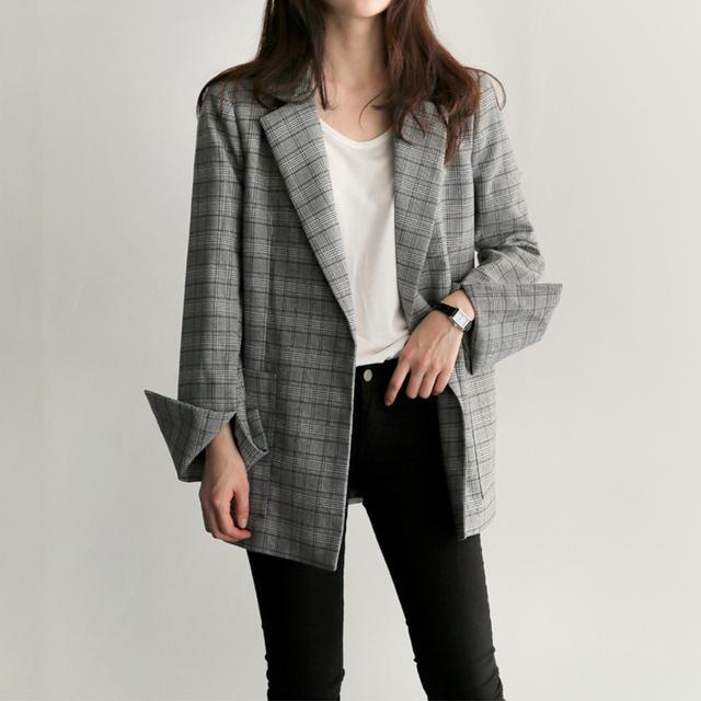 Elegant Blazer With Belt