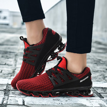 Men shoes 2018 autumn blade new red sports shoes men running shoes fashion breathable casual shoes large size 39-45 T011