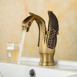 Image 3 - 金色の白鳥の蛇口浴室の高級ヨーロッパスタイル彫刻洗面化粧台のシンクミキサータップデッキは torneira banheiro ZR475