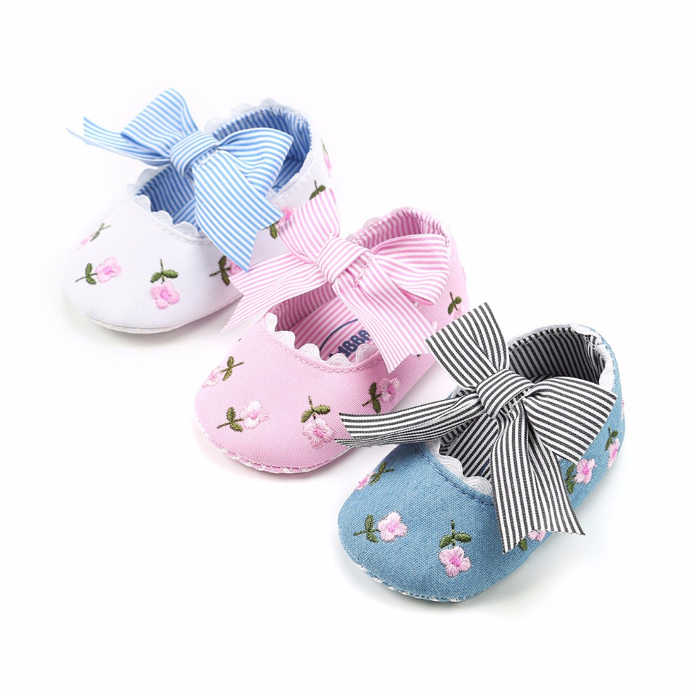2019 Spring New Style Embroidered Princess Shoes For Toddler Baby Girls Big Bow Soft Sole Newborn Baby Moccasins Shoes