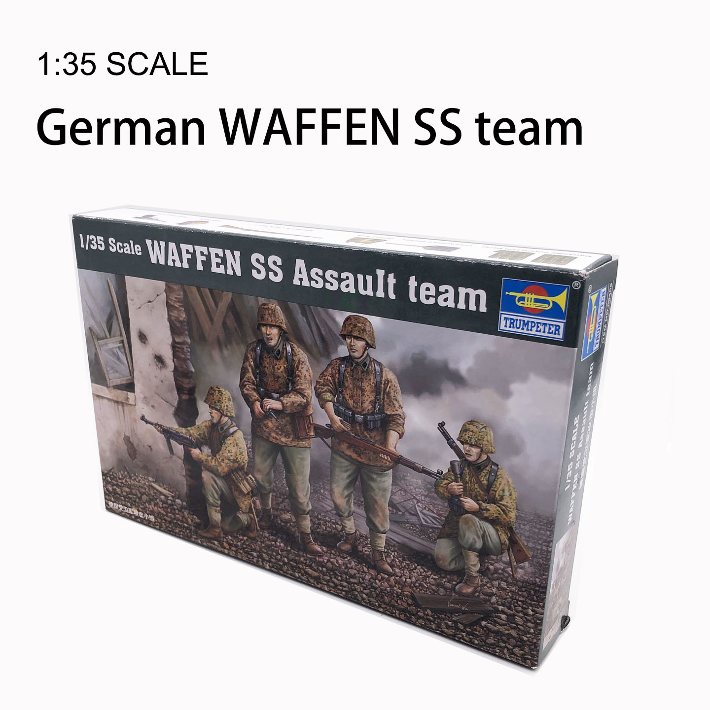 1:35 WAFFEN SS Assault Team 1/35 German Attacking Group Soldiers Military Model Scene Puppet Element Trumpeter 00405