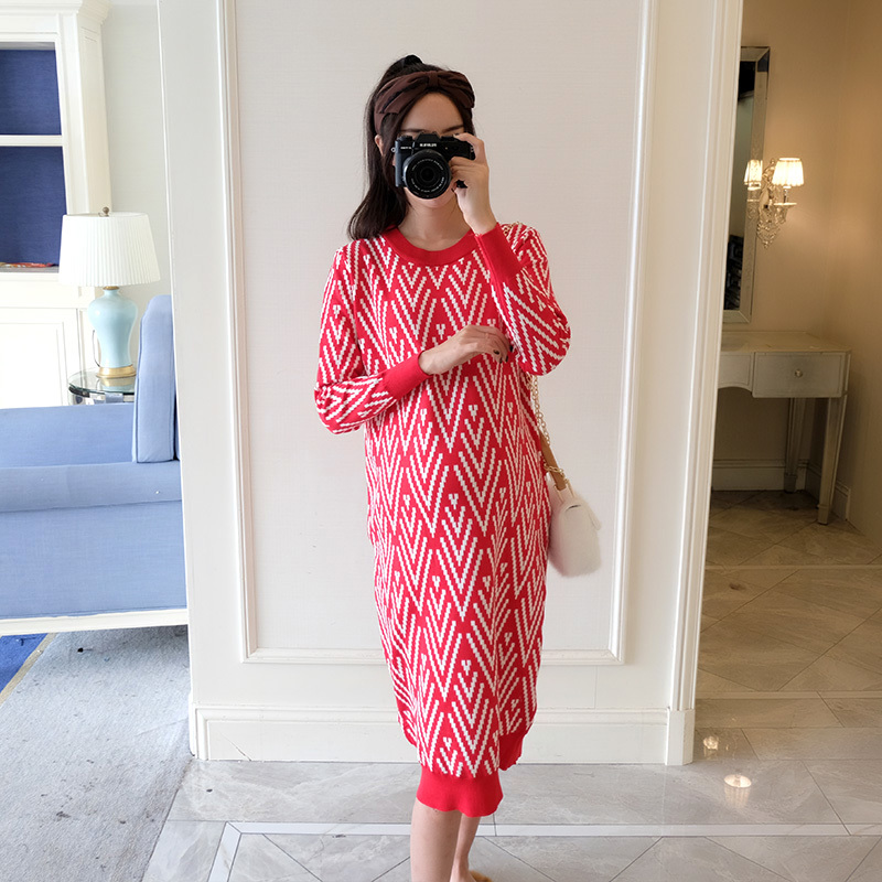 Autumn Winter Fashion Knitted Maternity Long Dress Fashion Printed Clothes for Pregnant Women Warm Thicken Pregnancy SweatersAutumn Winter Fashion Knitted Maternity Long Dress Fashion Printed Clothes for Pregnant Women Warm Thicken Pregnancy Sweaters