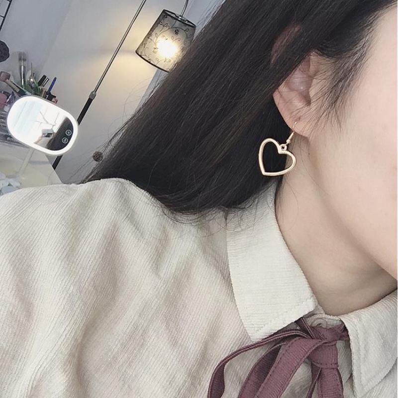 2017 New Hollow Geometry Earrings Heart Sweet Gold