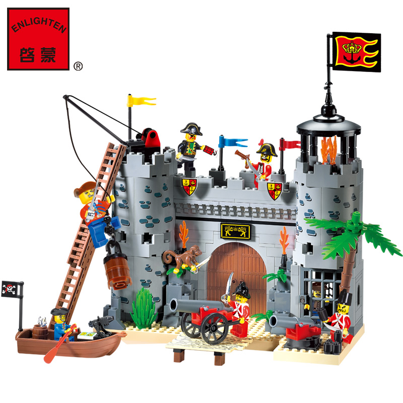 Model building kits compatible with lego city pirate castle 310 3D blocks Educational model building toys hobbies for children model building kits compatible with lego city castle 1027 3d blocks educational model