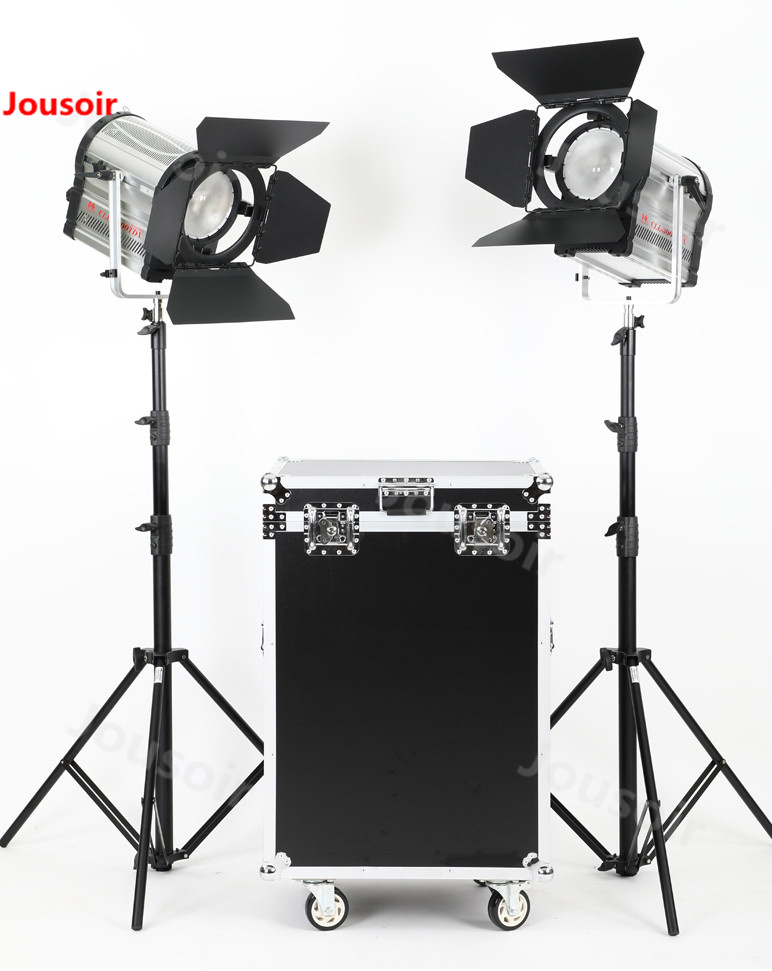 Falconeyes 300W LED Spotlight film and television movie 3000-8000K two-lamp set CLL-3000TDX with heavy light stand CD50 T06Falconeyes 300W LED Spotlight film and television movie 3000-8000K two-lamp set CLL-3000TDX with heavy light stand CD50 T06