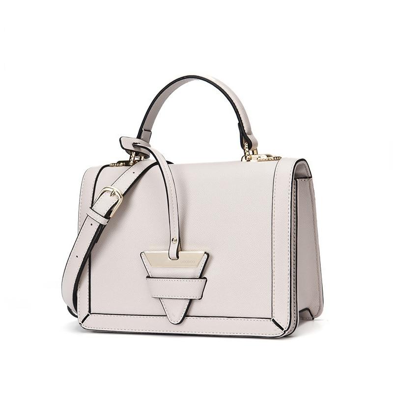 2018 new spring and summer handbags small square bag Korean fashion portable shoulder Messenger bag spring and summer 2018 new chinese