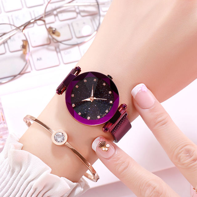2018Popular Women Watches Fashion Elegant Magnetic Buckle Mysterious Purple Lady