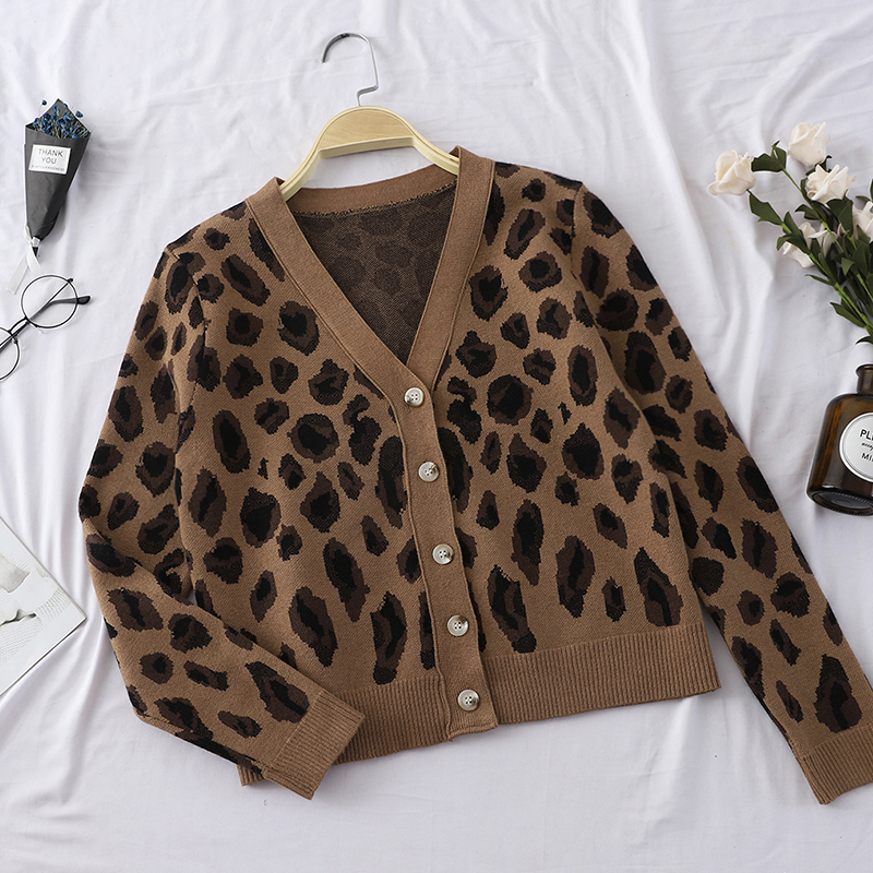 2019 Winter New Leopard Women Sweater And Cardigan Button V-neck Lady Female Sexy Thicken Warm Outwear Coat Tops