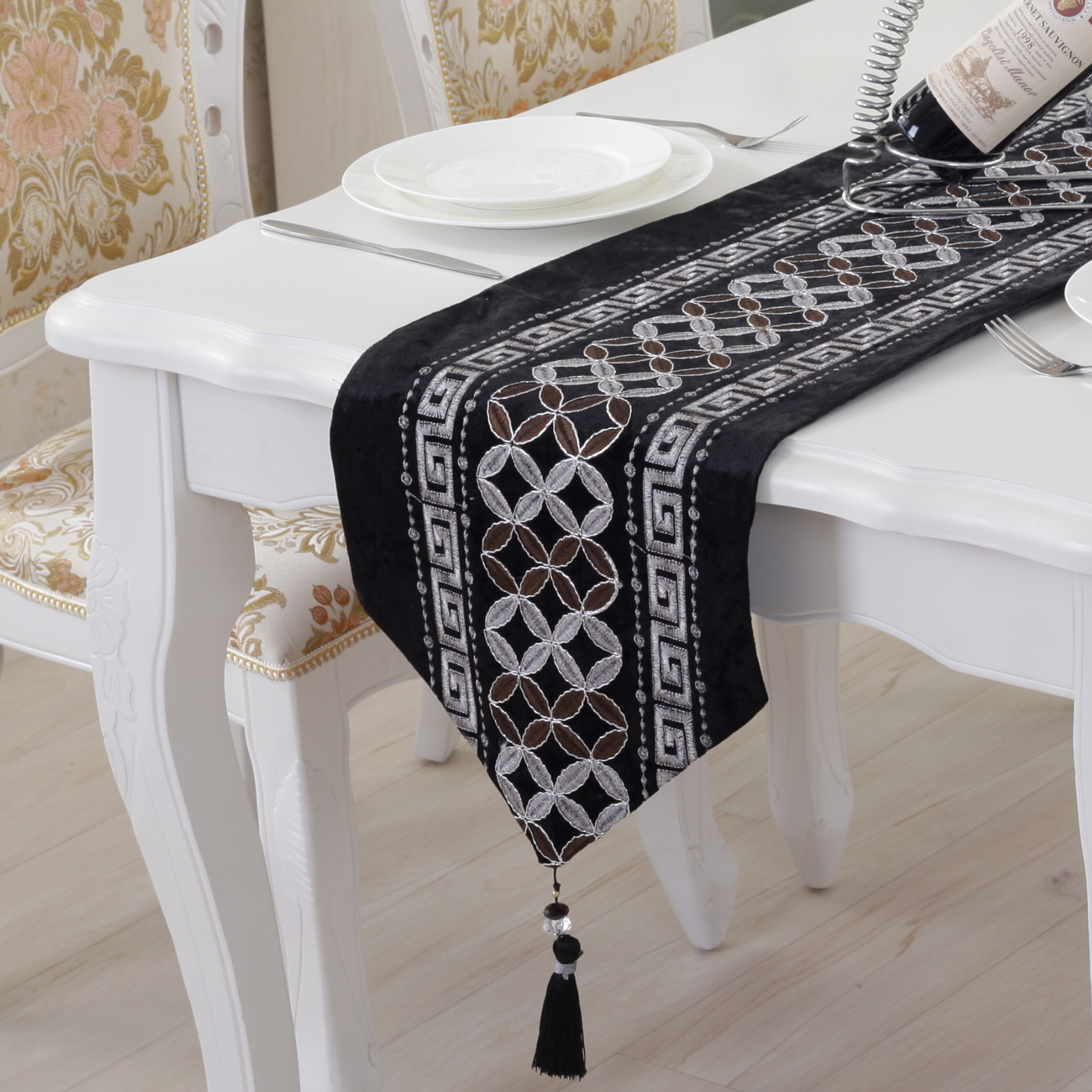 7 Colors New European Modern Minimalist Fashion High-grade Coffee Table Runner Table Cloths Bed Classical Bed End Cloth ...