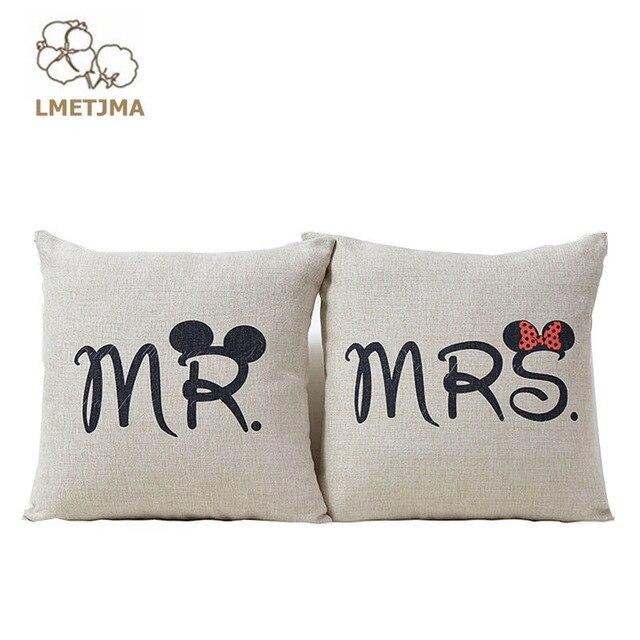 63022eddd Mr Mrs LMETJMA Amor Almofada Linda Almofada Amor Para O Casamento Decoração Cama  Almofada Decorativa Sofá