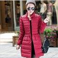 2015 Nueva Chaqueta de Invierno Moda Mujeres Largo de Down Escudo Tamaño Grande Parka Señoras prendas de Vestir Exteriores Delgada casacos femininos Deinverno J099