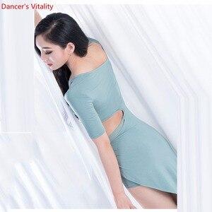 Image 3 - Commercio allingrosso di Danza Del Ventre Gonne Delle Donne di Estate di Un Pezzo di Danza Orientale Costume Manica Corta Sexy Split Abbigliamento