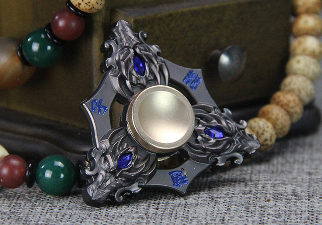 New Golden Dragon Head Fidget spinner Zinc alloy Metal rotary EDC hand spinner for autism and ADHD Focus Stress Fingertip