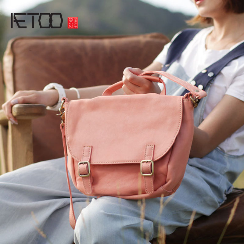 AETOO Rose en cuir fille coeur sac rétro flip diagonale sac à la main en cuir souple sac à bandoulière