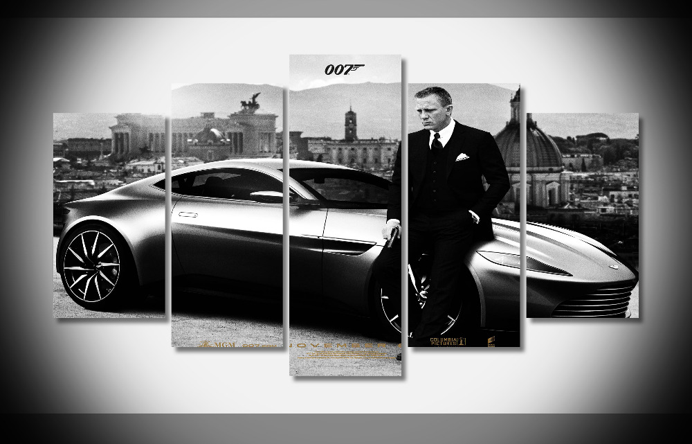 8149 Daniel Craig And Car 007 James Bond Spy War Movie poster Framed Gallery wrap art print home wall decor wall picture