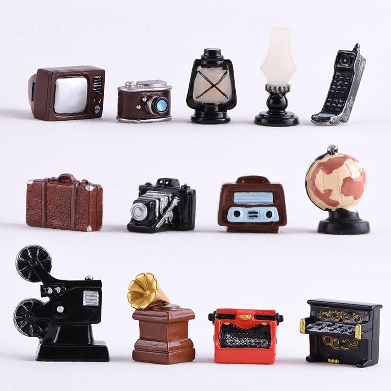 Mini Retro Nostalgic Camera Sound Recorder Figurine Decoration Micro Landscape Ornament Fairy Miniature Craft