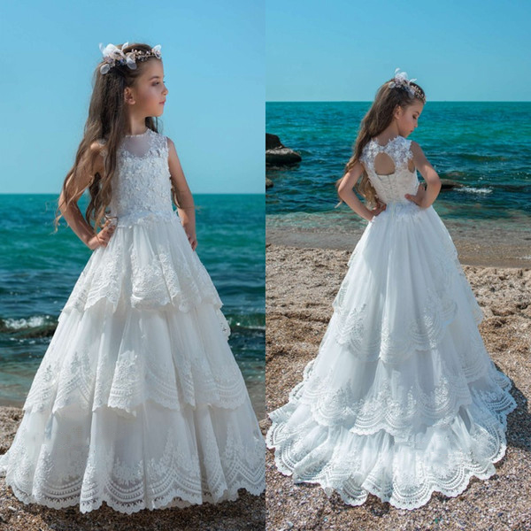 2019   Flower     Girl     Dresses   White Sleeveless Tiered Pricess Short Train Little Bride Beach Party Holy First Communion   Dresses   fille