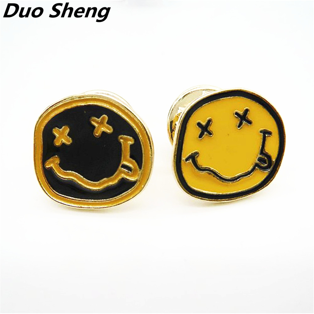 Classic fashion yellow black enamel 2 style smile girl animal drop glaze brooch Corsage pins 2017 factory direct sale
