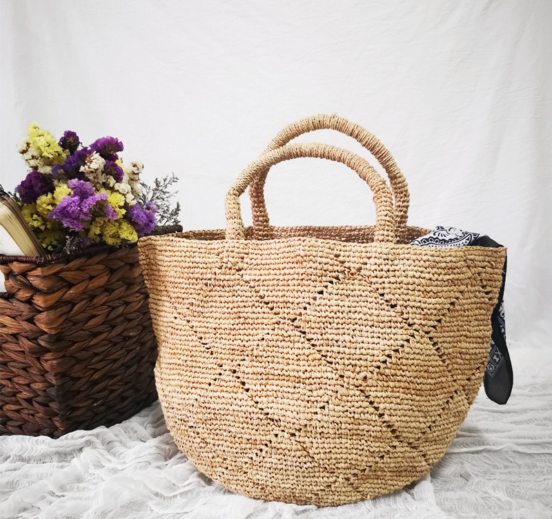 NEW Summer Straw Beach Bag Vintage Handmade Woven Shoulder Bag Raffia Circle Rattan Bags Bohemian Summer Vacation Casual Bags