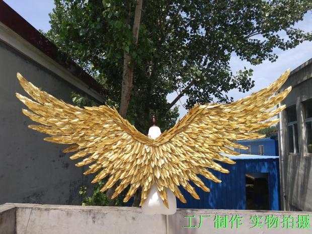 2017 oro nuovo stile angelo ali puntelli passerella mostra oggetti di scena festival Angelo Piuma ali puntelli Finestra biancheria intima passerella