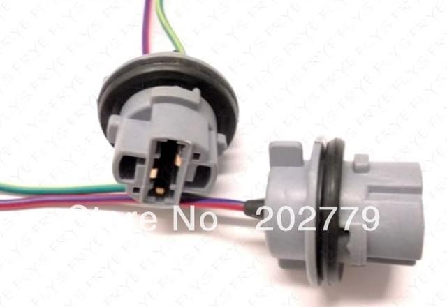 Longyue 2pcs 7440 Bulb Socket Brake Turn Signal Light Harness Wire LED Pig  Tail Plug 992