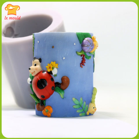 LXYY Cylindrical candle cartoon silicone mold / doll birthday candle - Kitchen, Dining and Bar - Photo 3