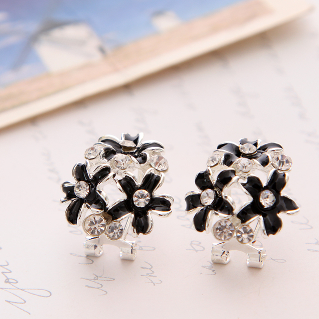 Fashion Stud Earrings For Women Enamel Drip Oil French Style Crystal Flower Clover Earring Silver Plated
