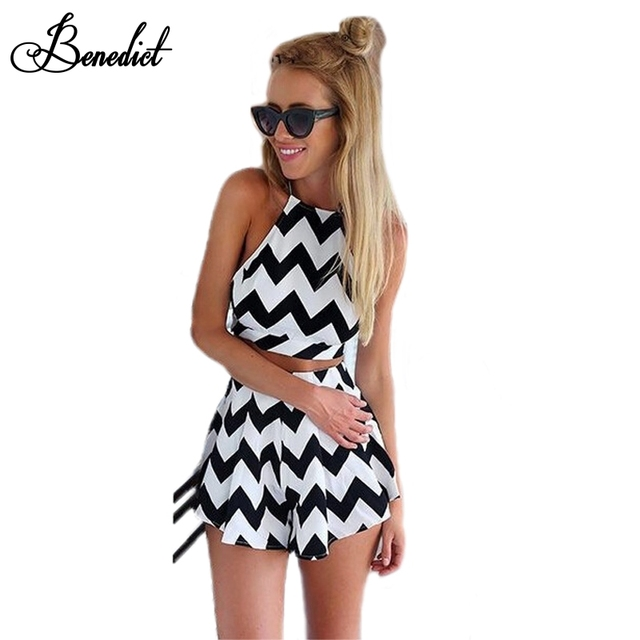 sexy schwarz-weißes Kleid