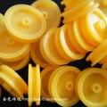 2*17 мм 10 шт. Маленький Желтый Пластиковые Шкив Шкива DIY Игрушки аксессуары для Мини-Автомобиль F17638