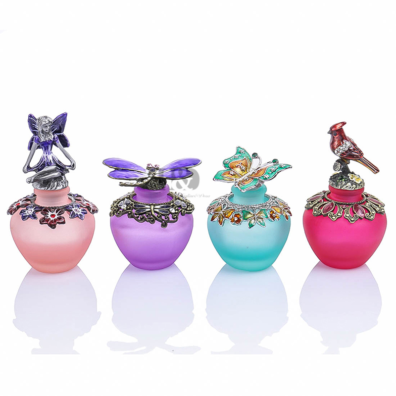 H&D Fashion Retro Antique Colorful Hollow Glass Perfume Bottle Empty Cosmetic Container Perfume Bottle Wedding Favors(4 styles)