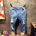 Девушки джинсы брюки детская одежда Новой весны и лета 2017 Корейский девушки отверстие стильные джинсы брюки K122