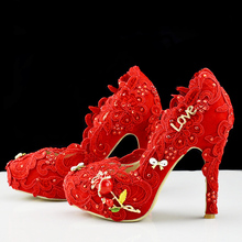 The new exclusive love love roses wedding shoes Red crystal lace bridal shoes Wedding shoes