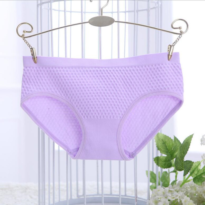 The new candy-colored seamless womens underwear and briefs briefs are seamless sexy underwear women panties underwear women