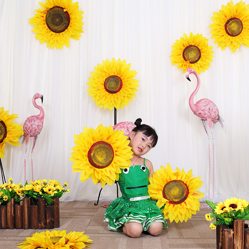 Sunflower Dance props Performing props Artificial Flowers Wedding Decoration Stage Props Home Decor fake Decorative Flowers head in Artificial Dried Flowers from Home Garden