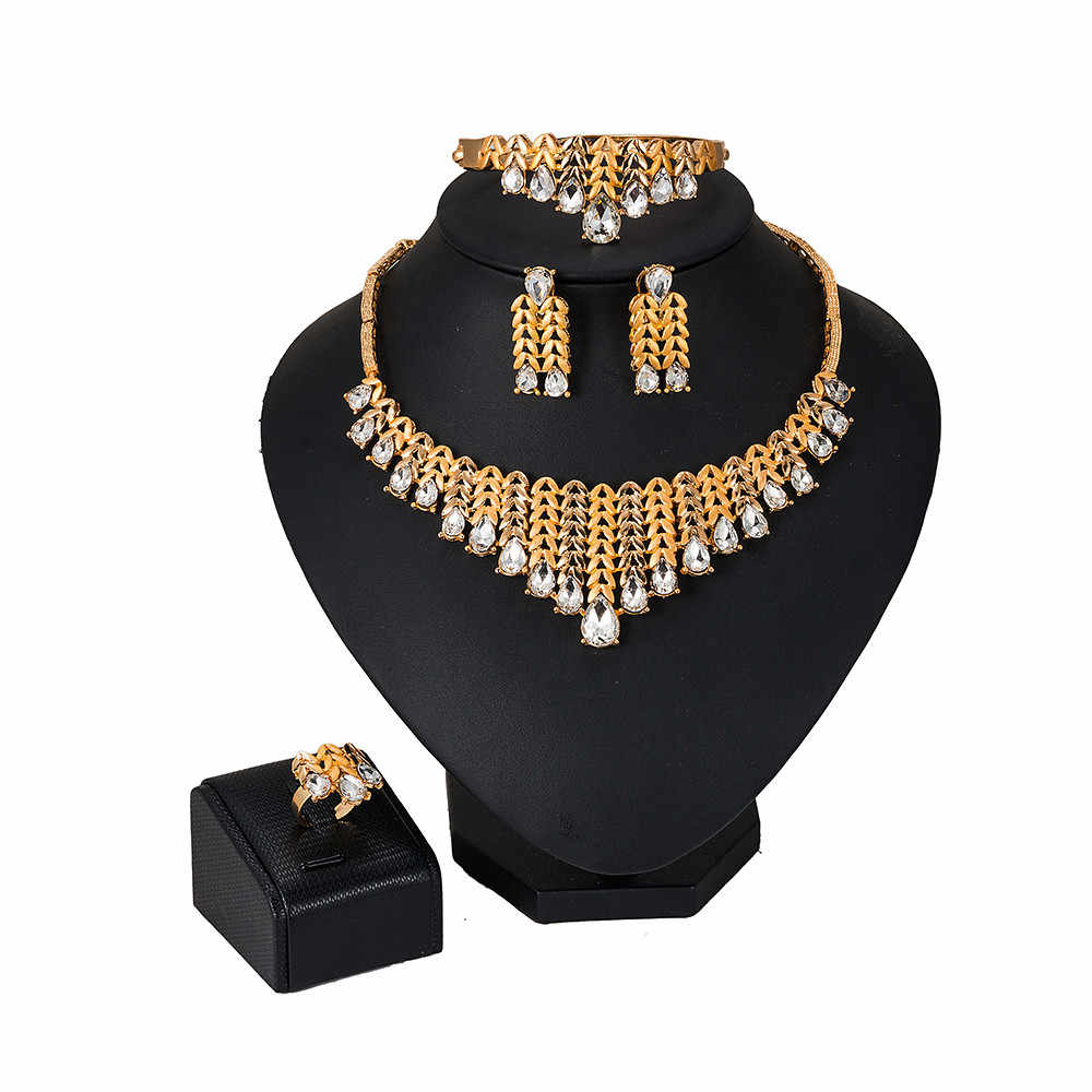 2019 NEW  Dubai Bridal Jewelry Sets for Women Peacock Gold Necklace Earrings Fashion Charm African Wedding Nigeria Sets Jewelry