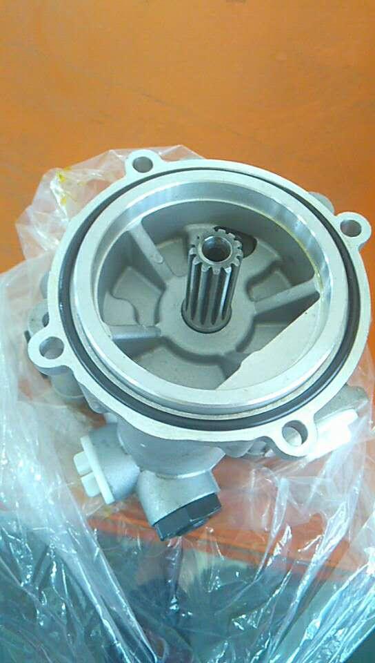 цена Pilot pump for Kawasaki K3V63 K3V63DT Hydraulic Piston Pump gear pump charge pump for Daewoo Sumitomo Volvo Yuchai Kobelco в интернет-магазинах