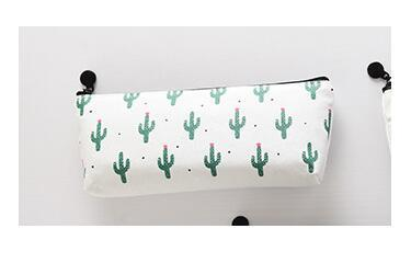 E Tya Women Small Cactus Cosmetic Bag Makeup Bag  Make Up Pouch Nesesser Travel Organizer Toiletry Bag Students Pencil Bags  by E Tya