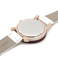 White Leather Strap Wristwatch With Rhinestones