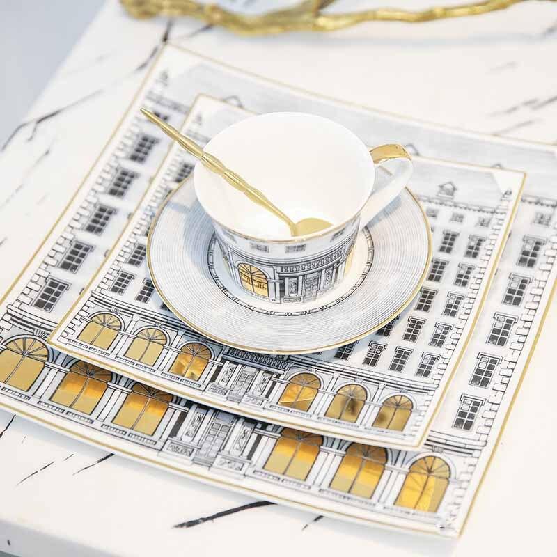 Plateau en céramique os assiette en porcelaine plat à dîner tasse et soucoupe ensemble de vaisselle Vajilla ensemble de couverts bord en or peinture à la main assiette Plate 1 ensemble