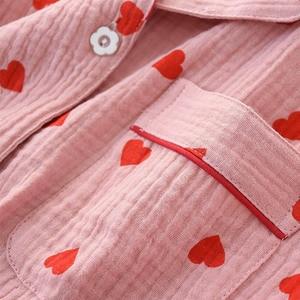 Image 5 - Conjunto de pijamas con estampado de corazón para mujer, ropa de algodón con cuello vuelto de doble capa de crepé, pantalones de manga larga, ropa para el hogar