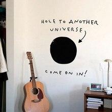 Delik başka bir evren komik duvar sticker dekorasyon için