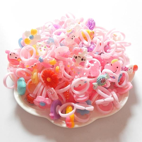 Güzel küçük oğlan Kız Çocuk yüzükler çiçek sevimli çocuklar gal bebek trendy şeker reçine plastik karikatür barbie takı
