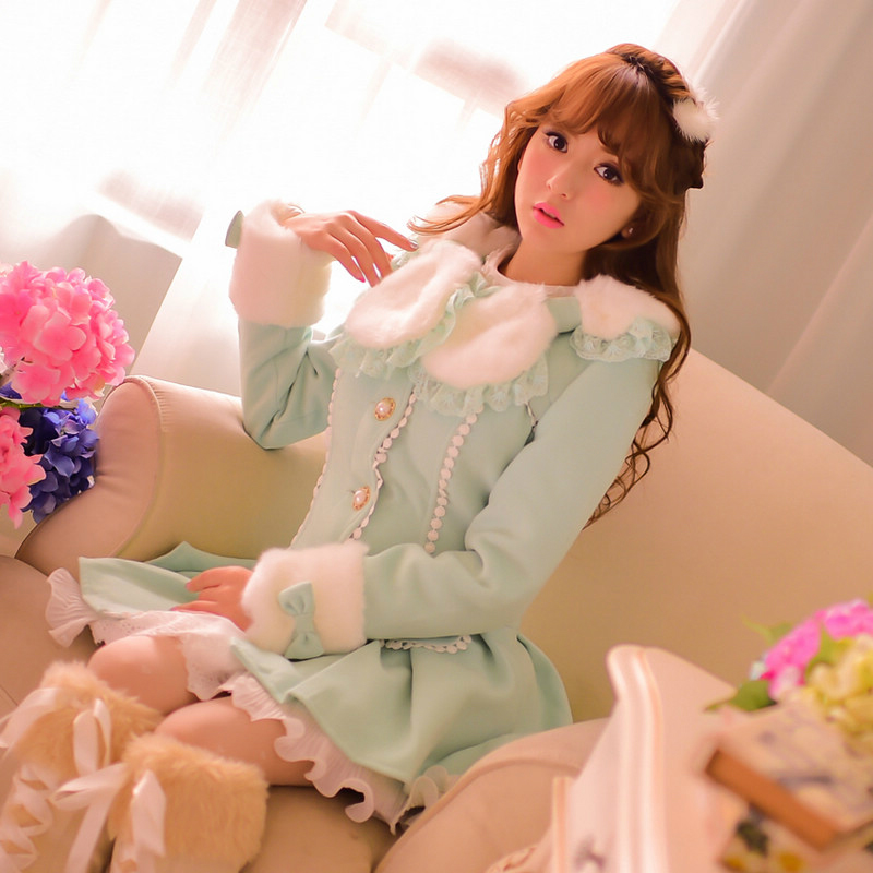 Princess sweet lolita coat Candy rain winter warm fake fur pom bow lace mint green Wavy edge Got-up figure Woolen coat C16CD5874 princess sweet lolita coat candy rain original new winter japanese style rabbit fur lace bow cotton padded jacket pink coat ab02