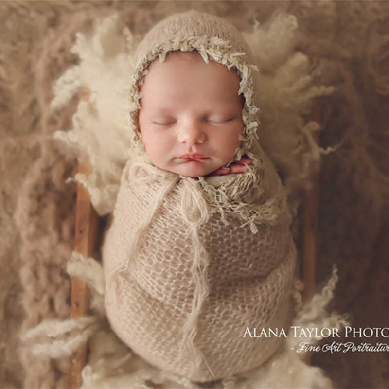 Newborn photography props,lace wrap with matching hat,stretch super fluffy,baby soft blanket(40*80 CM)