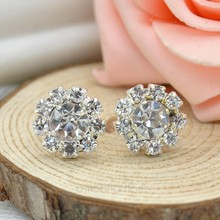 Fashion Jewelry Shinning Sun Flower Snow Flower Crystal Rhinestone Ear Stud Earrings for Ladies Birthday Party or Daily Wearing(China)