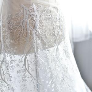 Image 2 - 눈송이 자수 레이스 패브릭 웨딩 베일 패션 고급 메쉬 천으로 드레스 장식 액세서리 화이트