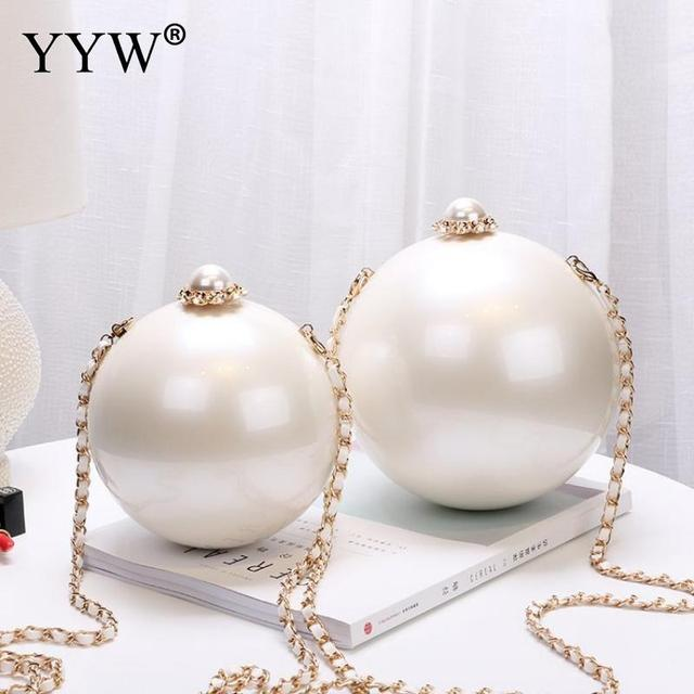 Designer Women White Ball Shape Acrylic Clutch Bags Luxury Pearl Decor Bridal Purse Handbags Chain Messenger Bags Shoulder Bag